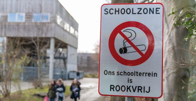 Scholen-rookvrij-rookpolitie